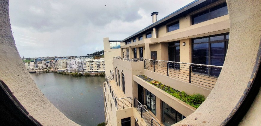 Commercial Property in The Cliffs