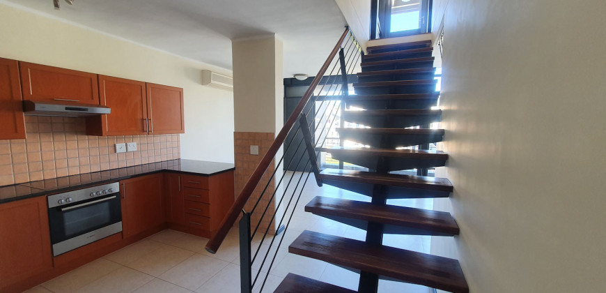 Three-bedroom Apartment in The Falls
